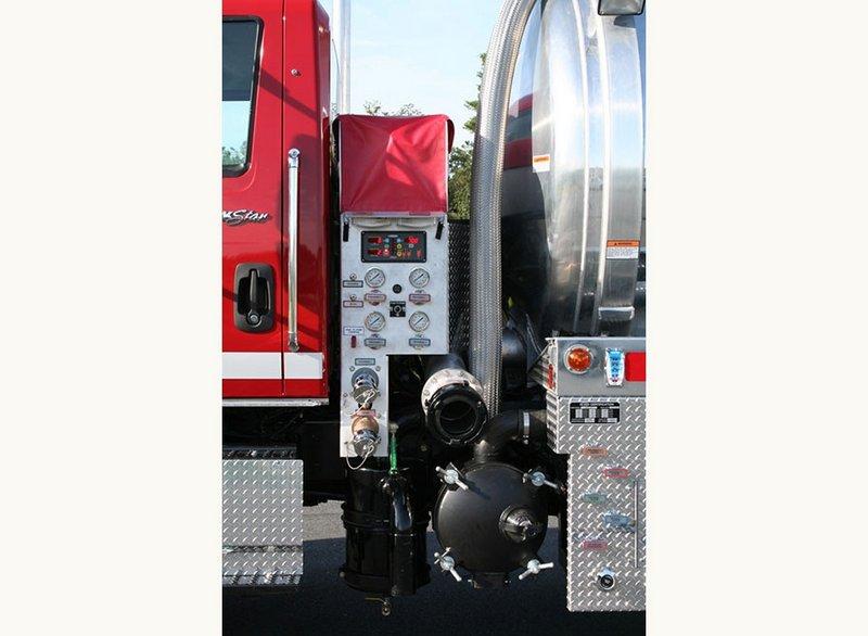 APPARATUS SPOTLIGHT: E-One Water Master™ Vacuum Tanker